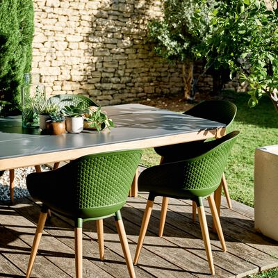 Table de jardin en eucalyptus et composite (6 à 8 places)-HONOS