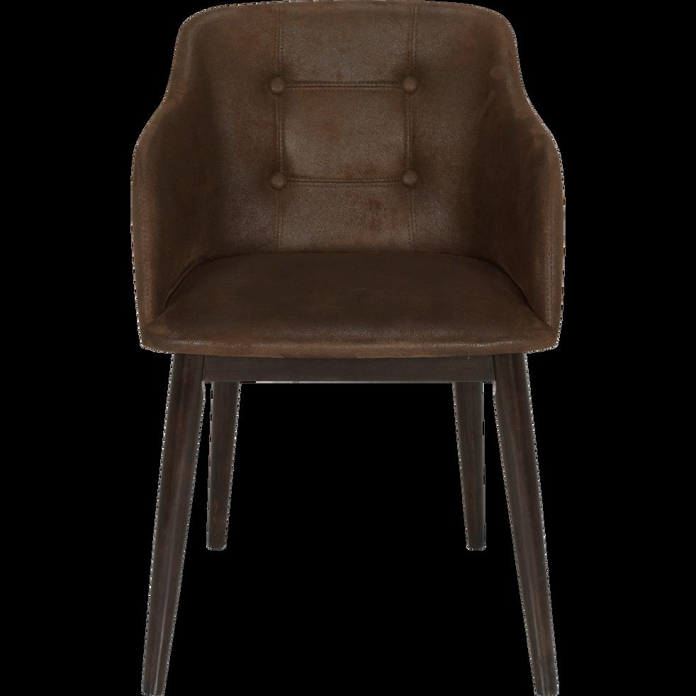 Chaise capitonnée marron vieilli avec accoudoirs-CORK