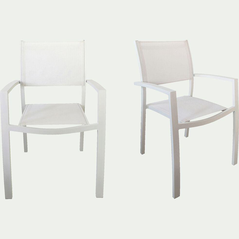Chaise de jardin en textilène empilable avec accoudoirs blanc-ELSA
