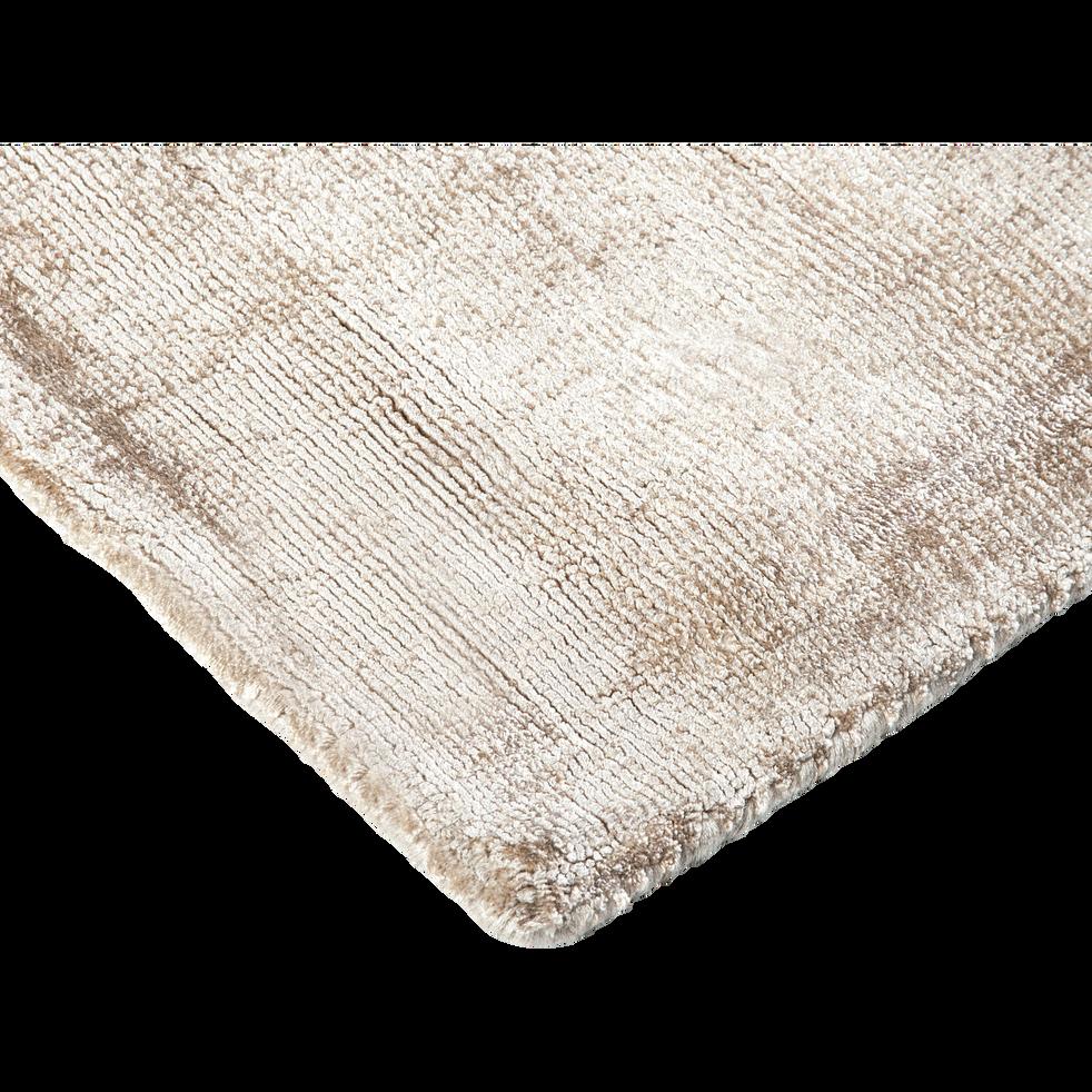 Tapis en viscose beige 160x230cm tansen 160x230 cm grands tapis de salon alinea - Tapis alinea salon ...