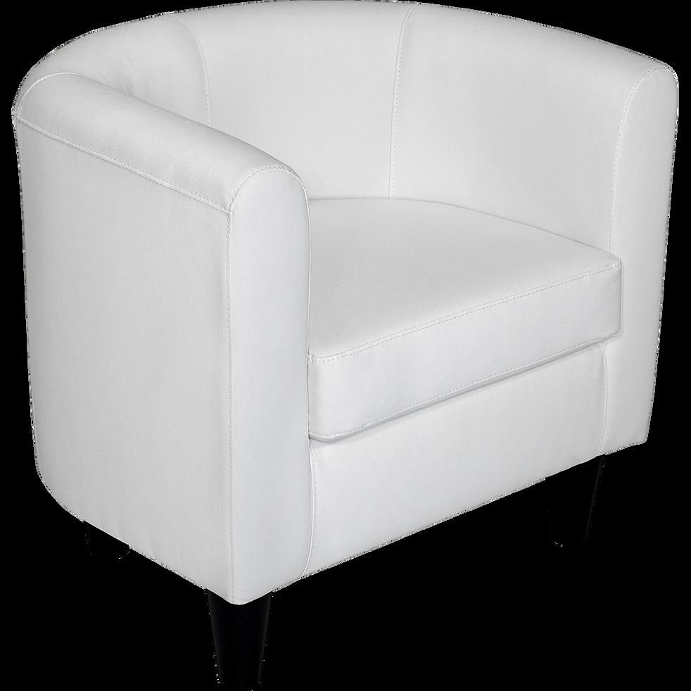 fauteuil club rev tement imitation cuir blanc tod fauteuils et poufs alinea. Black Bedroom Furniture Sets. Home Design Ideas