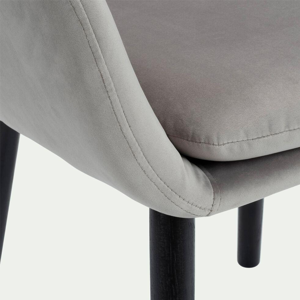 Chaise capitonnée en velours avec accoudoirs - gris restanque-SHELL