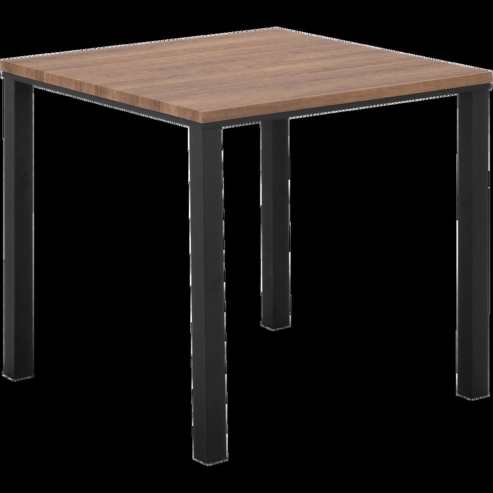 Table de repas carrée effet chêne - 2 à 4 places-PERNILLE