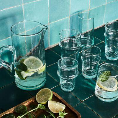 Service de verres et carafe en verre recyclé