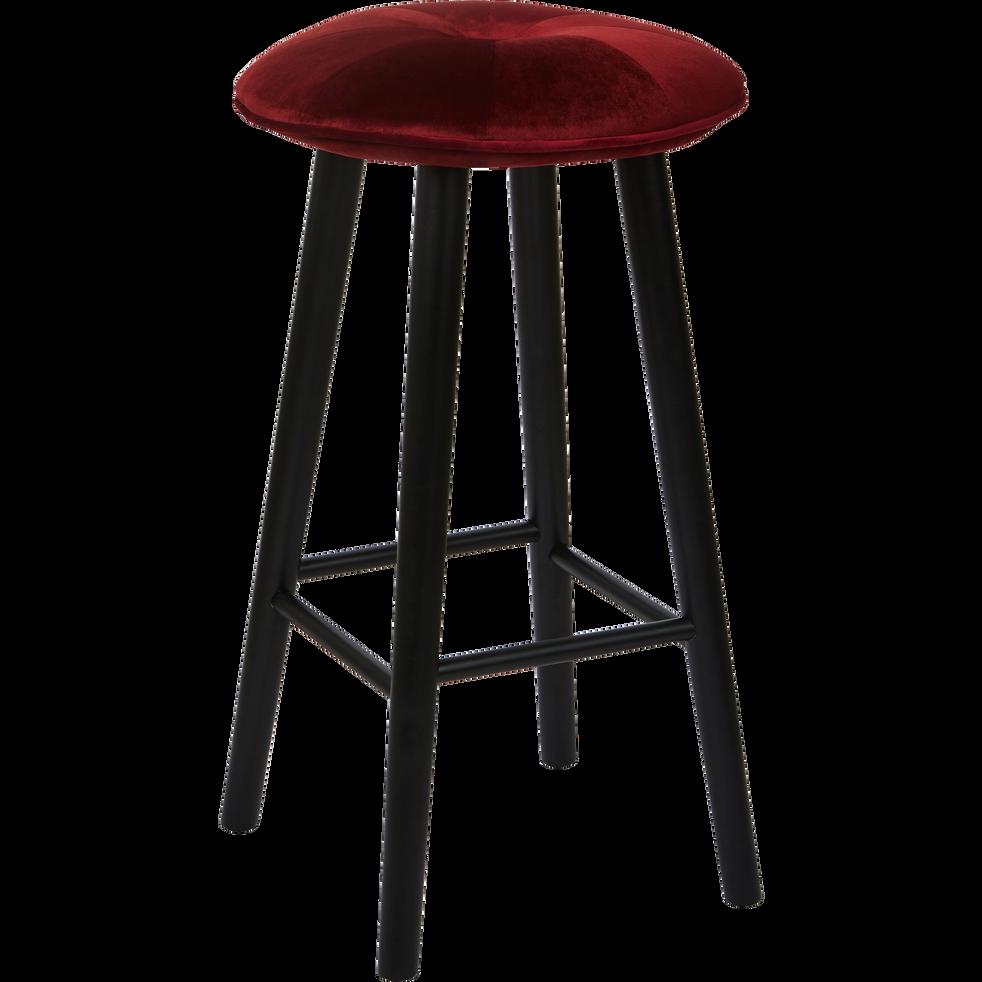 tabouret de bar en velours rouge sumac h75cm augustin chaises et tabourets de bar alinea. Black Bedroom Furniture Sets. Home Design Ideas