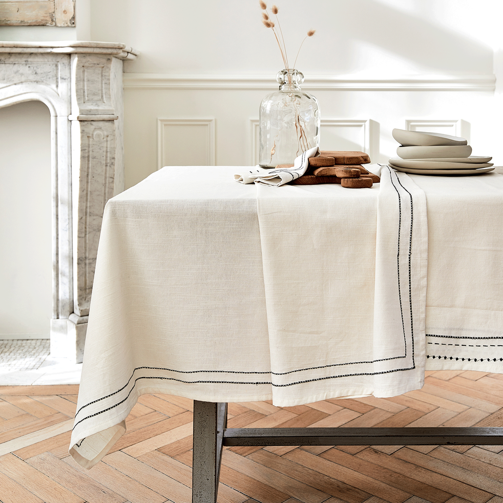 nappe en coton blanc et noir 170x300cm gallia 170x300cm nappes alinea