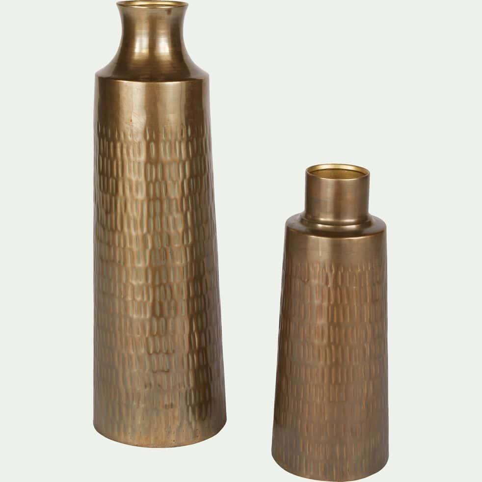 Vase ciselé en laiton - cuivré D12xH31cm-CANOPUS