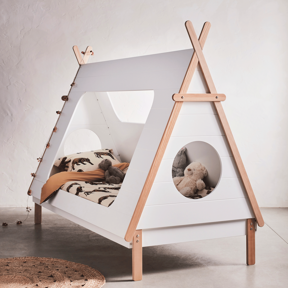 lit 1 place blanc en pin massif avec sommier 90x200 cm tipi 90x200 cm lits enfants 1. Black Bedroom Furniture Sets. Home Design Ideas