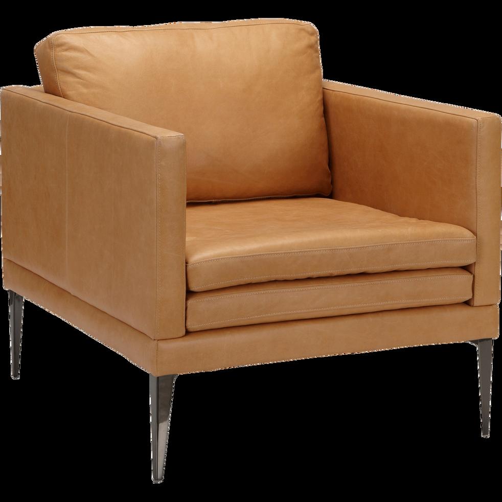 fauteuil en cuir beige esterel palmie fauteuils et poufs alinea. Black Bedroom Furniture Sets. Home Design Ideas