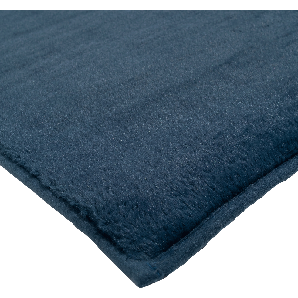 tapis imitation fourrure bleu figuerolles robin catalogue storefront alin a alinea. Black Bedroom Furniture Sets. Home Design Ideas