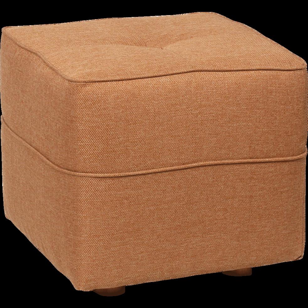 pouf en tissu jaune d 39 or vicky poufs et repose pieds alinea. Black Bedroom Furniture Sets. Home Design Ideas