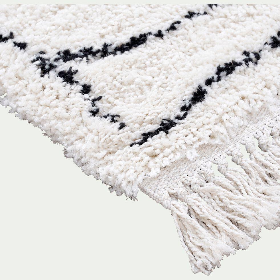 Tapis frangé inspiration berbère - noir et blanc 120x170cm-assia