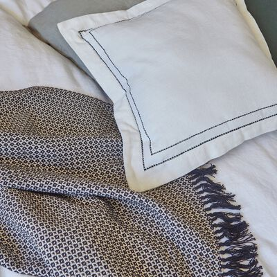 Coussin brodé en coton - écru et noir 45x45cm-GALLIA