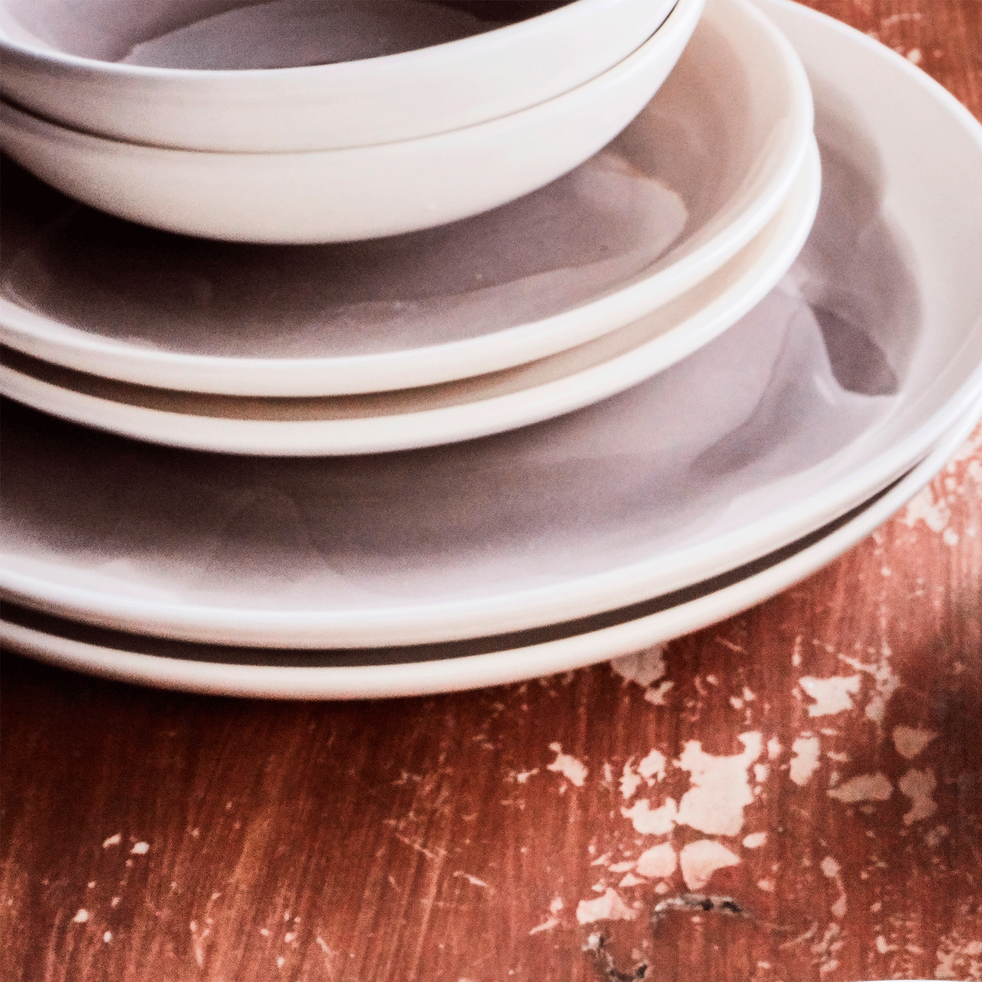 Assiette à dessert en faïence gris restanque D20cm-SANARY