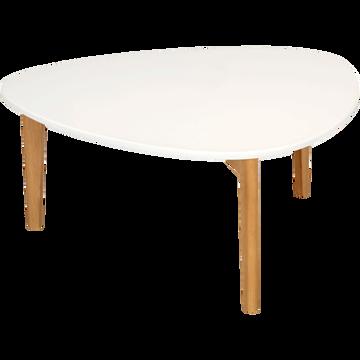 Table basse triangulaire blanche avec pieds en chêne-Siwa