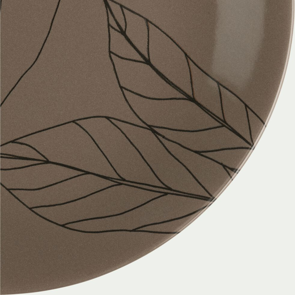 Assiette plate en grès brun châtaignier décoré D27cm-LAURIER