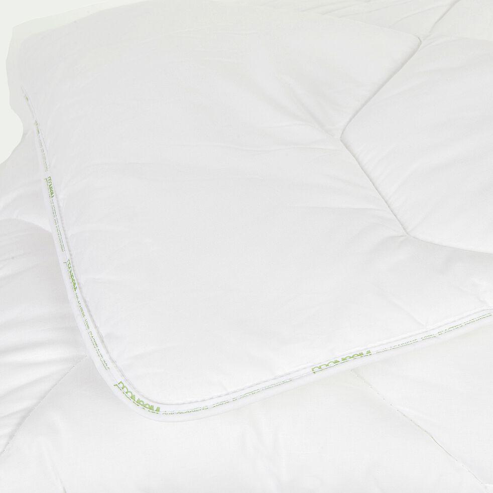 Couette hiver hypoallergénique anti-acariens - 200x200 cm-Protect