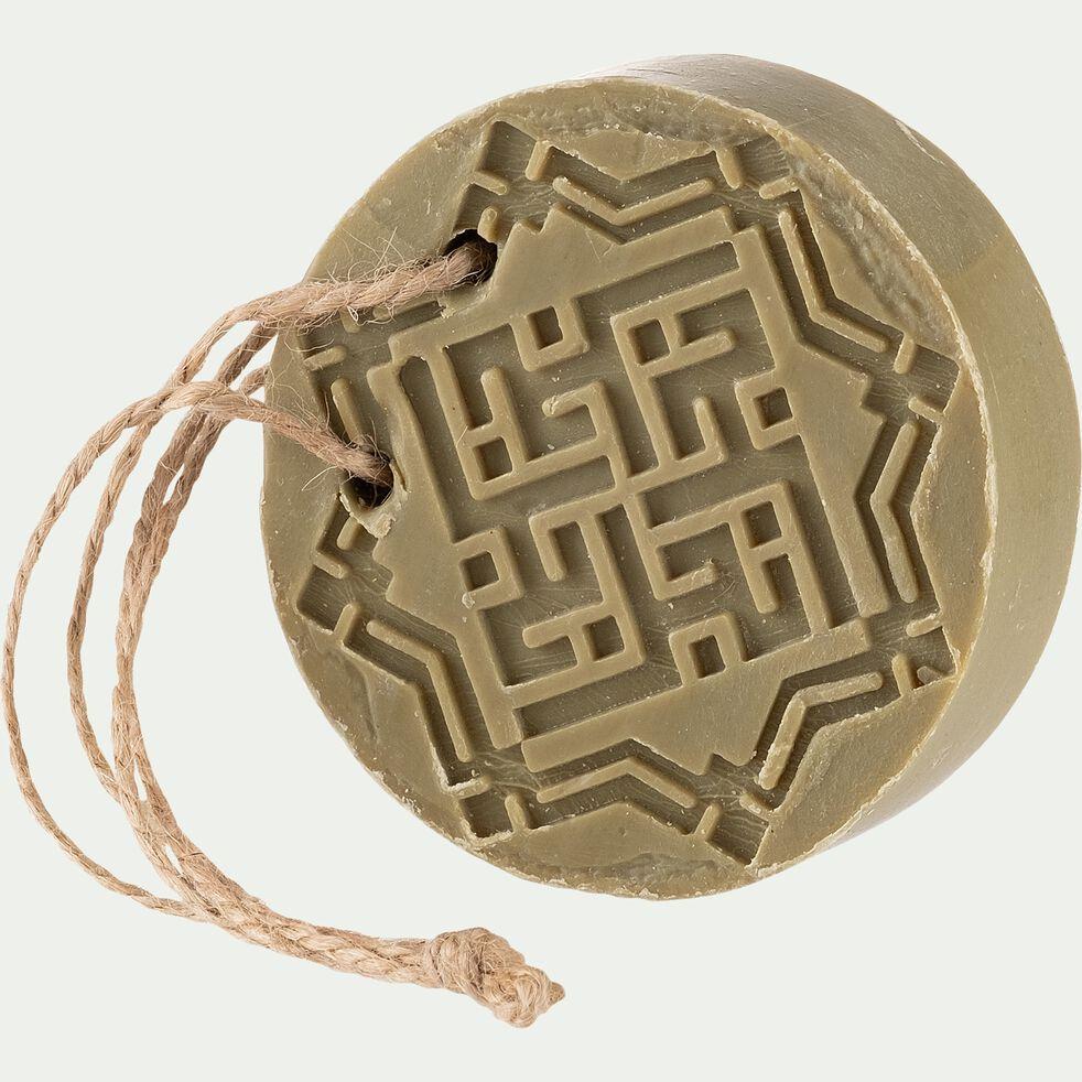 Savon d'Alep rond ambre et oud avec ficelle - 150g-Fadi