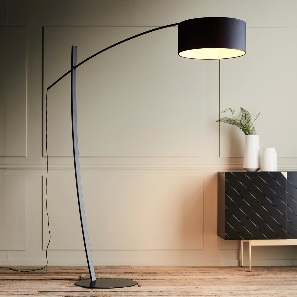 lampadaire arc extensible en acier noir h209cm ines lampadaires droits et arcs alinea. Black Bedroom Furniture Sets. Home Design Ideas