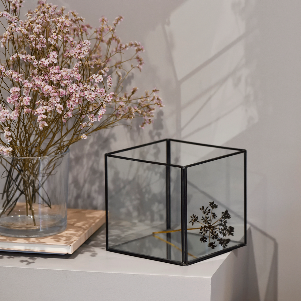 bo te de rangement en verre noir 15x15x14cm aster alinea. Black Bedroom Furniture Sets. Home Design Ideas