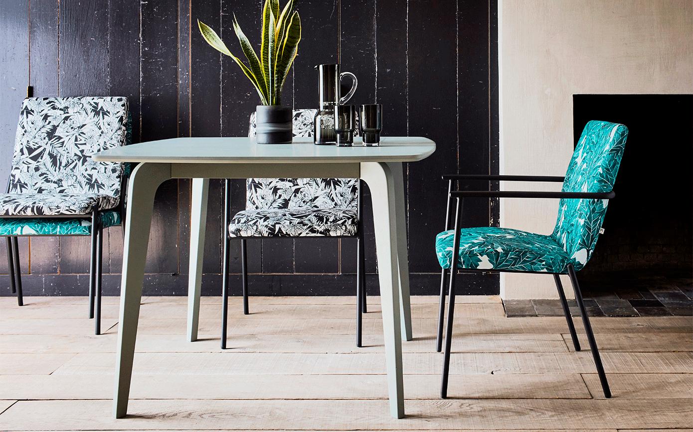 Chaise en tissu avec accoudoirs motifs ink.30-JASPE
