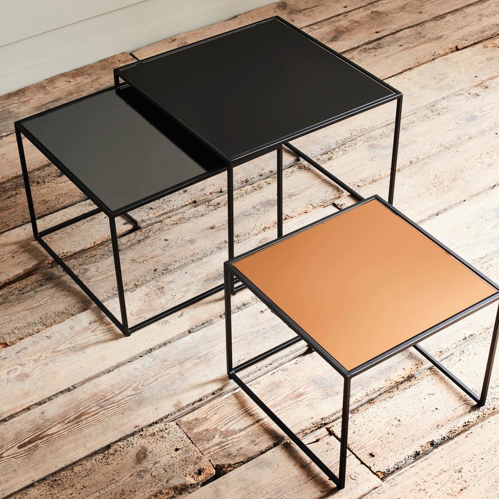 ensemble de 3 tables basses gigognes en m tal et verre manoli tables basses alinea. Black Bedroom Furniture Sets. Home Design Ideas