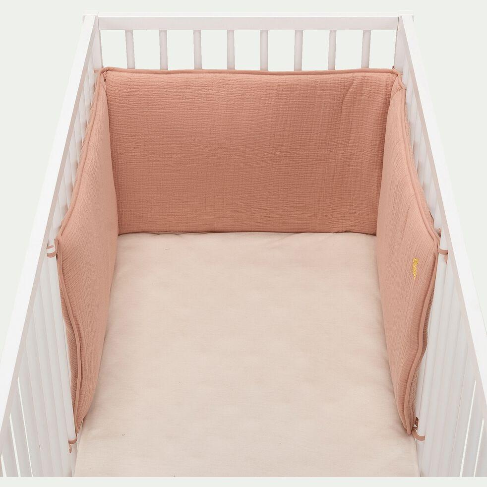 Tour de lit bébé en gaze de coton bio avec broderie lurex - rose salina-Nuage
