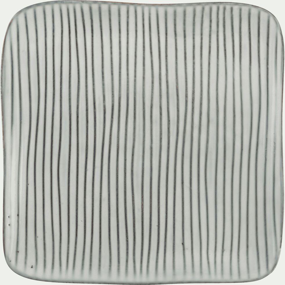 Assiette à dessert en grès grise effet lignes texturées D20cm-LARGO