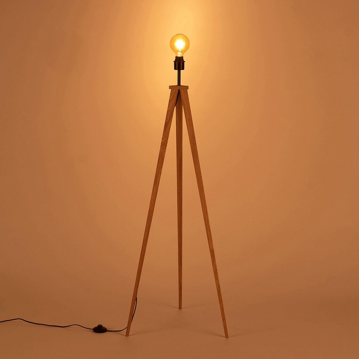 Lampadaire en bois - H134,50cm chêne-TRIX