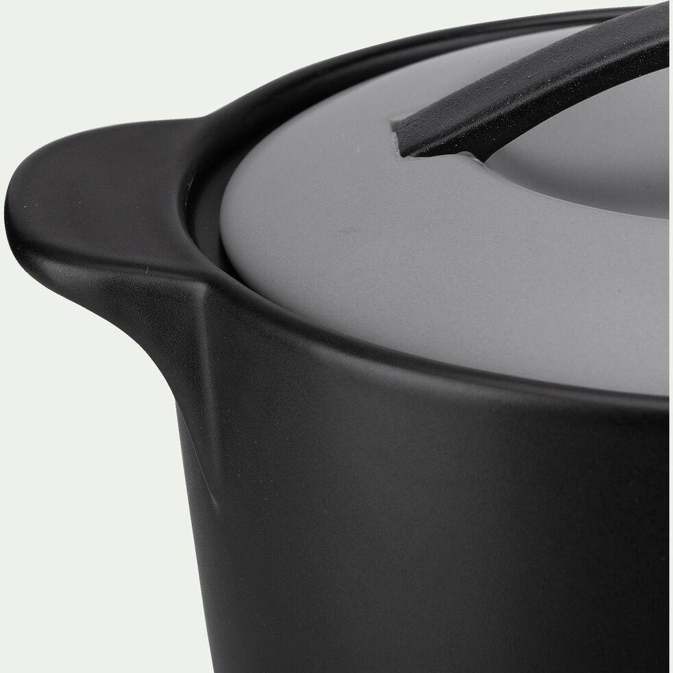 Cocotte en grès noir 2L-NIVAR