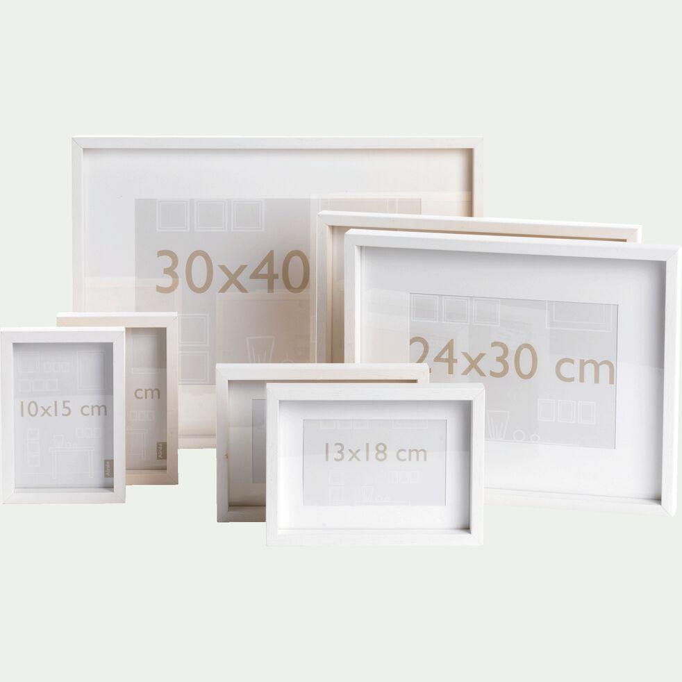 Lot de 7 cadres photos en bois d'ayous massif - blanc-Sierra