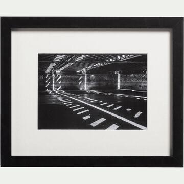 Image encadrée noir et blanc 24x30cm-TAVAN