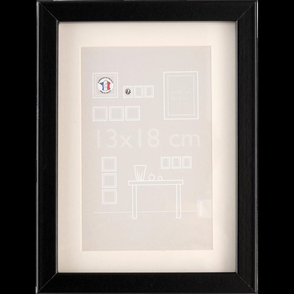 cadre photo en bois plusieurs coloris et tailles hapa. Black Bedroom Furniture Sets. Home Design Ideas