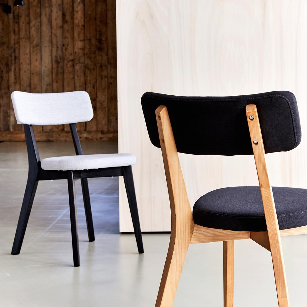 Chaise en tissu gris pieds noirs-AMEDEE