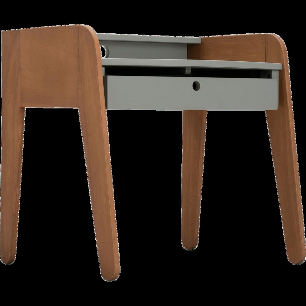 bureau en acacia pour enfant vert olivier raphael chaises et bureaux enfant alinea. Black Bedroom Furniture Sets. Home Design Ideas