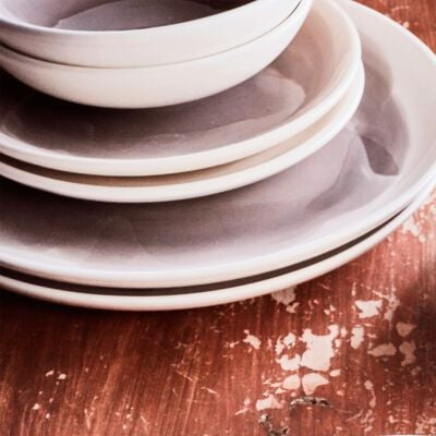 Assiette creuse en faïence gris restanque D16cm-SANARY