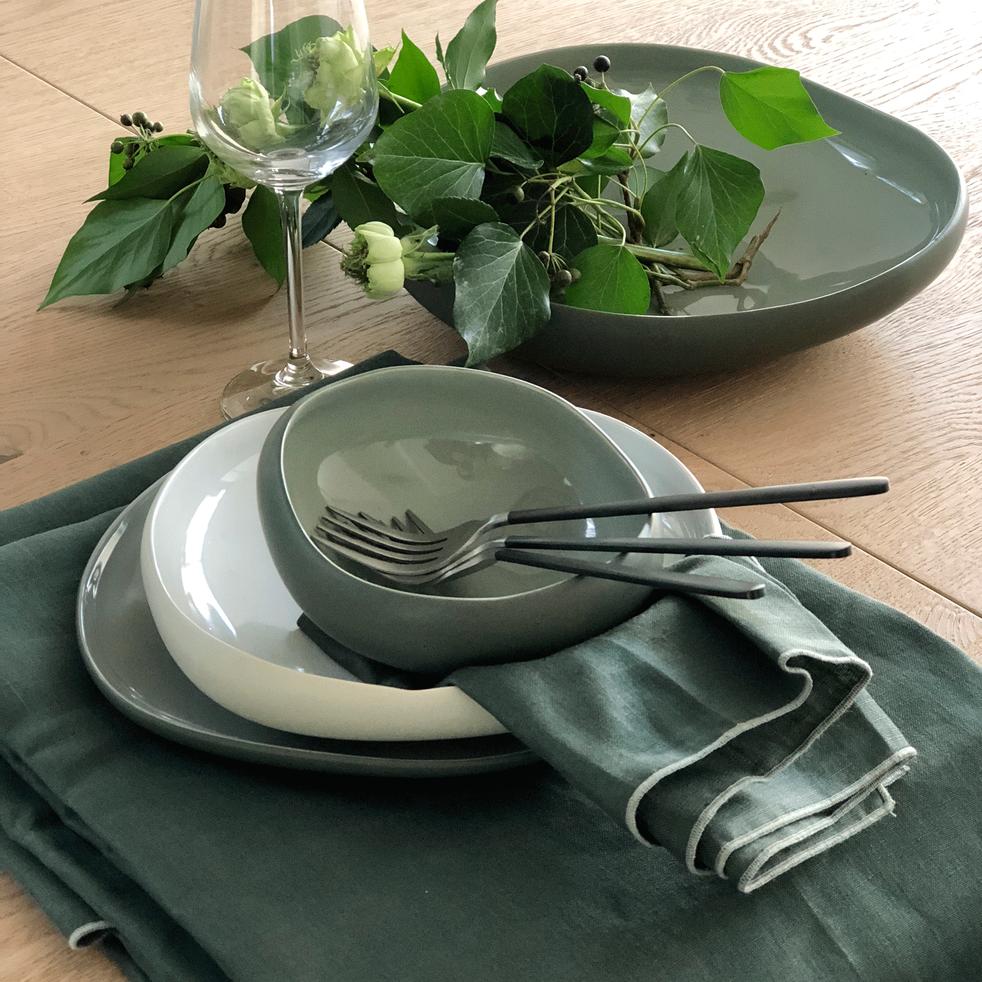 Gamme de vaisselle en grès-KYMA