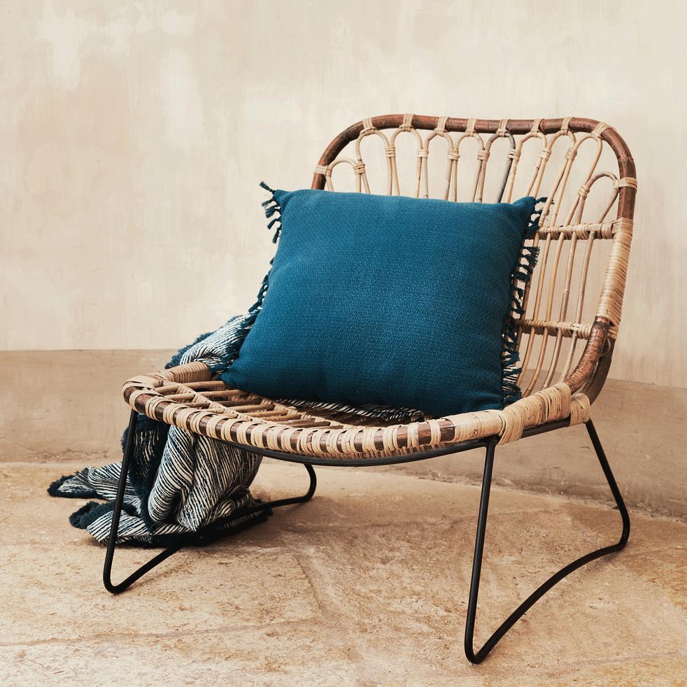fauteuil en rotin et m tal esprit vintage heloise. Black Bedroom Furniture Sets. Home Design Ideas
