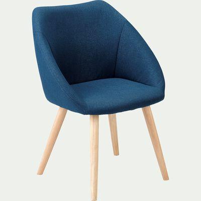 Chaise en tissu avec accoudoirs et piétement naturel - bleu figuerolles-DELINA