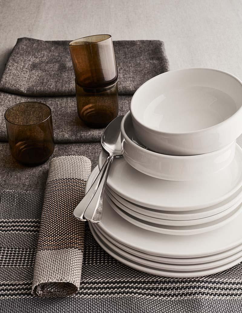 ensemble vaisselle et set de table