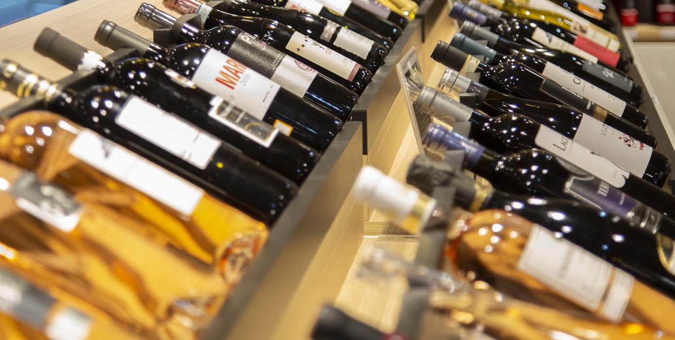 sélection de vins rouges, blancs et rosés issus du bassin méditerranéen