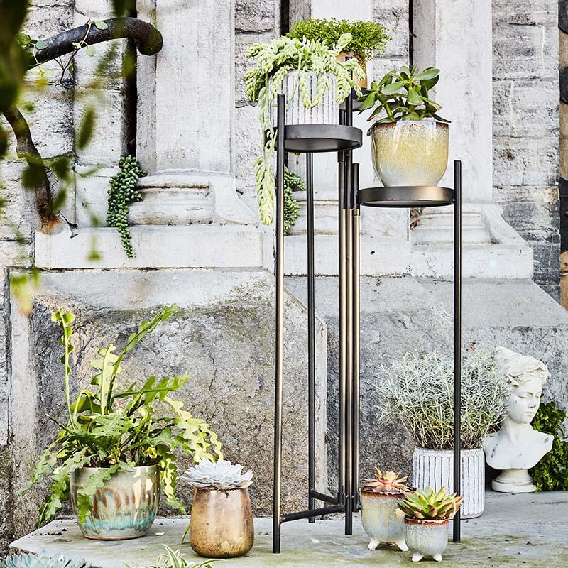 porte plante et cache-pots