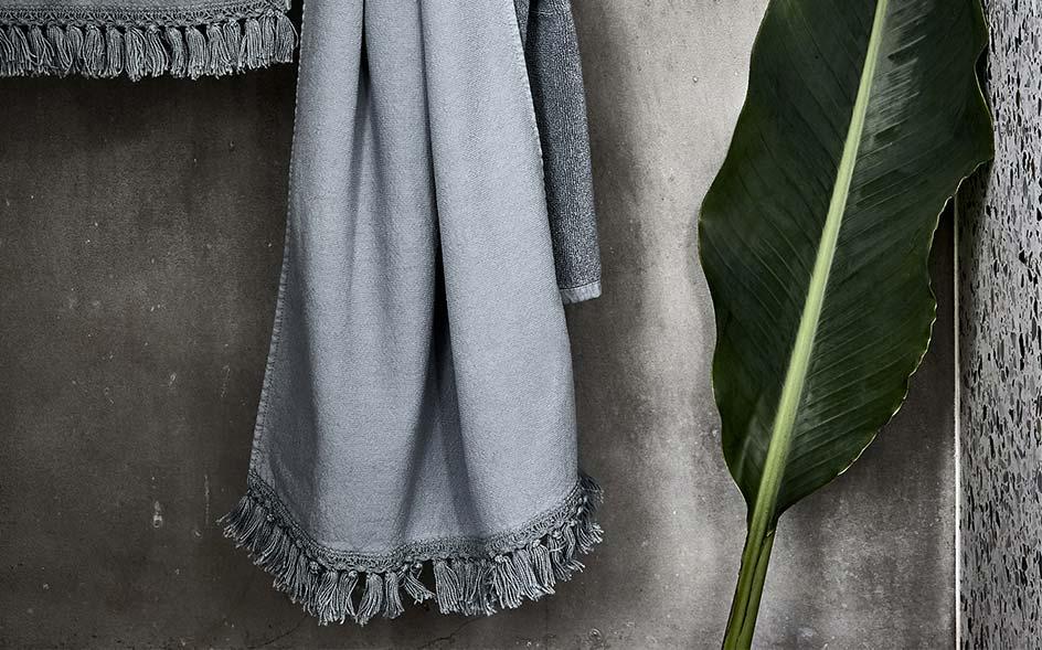 grand choix serviettes et gants de bain alinea. Black Bedroom Furniture Sets. Home Design Ideas